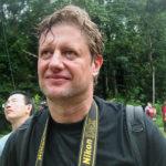 Min fotograf Gerhard Jörén någonstans nära Kuching, Borneo.