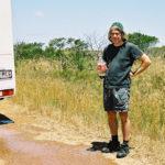 En gång körde jag husbil från Perth till Sydney. Varmaste dagen visade termometern 43 grader. Strax före den 1100 kilometer långa trädlösa etappen över Nullarbor Plain var det läge för en drickpaus.
