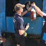 Dagens fynd: tre liter prima, kall öl till priset 20 CUP, vilket motsvarar 2,40 svenska kronor per liter. Södra Kuba.